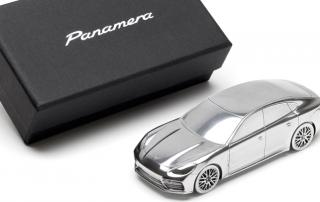 """TRIK Metal Car Panamera nm 320x202 - """"Die haptische Kommunikation ist eine angenehme Pflicht"""""""