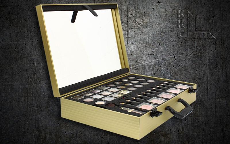Aluminiumkoffer Oberfläche Schwarz Rahmenprofil Gold für Kosmetik - Sponsored Content
